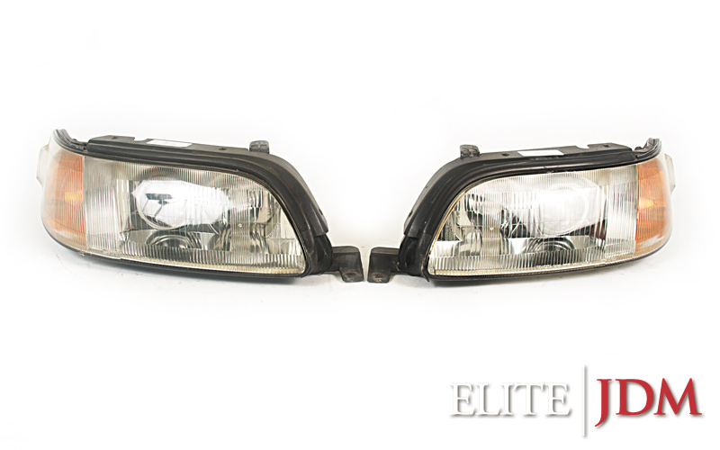 Toyota Aristo / Lexus GS300 JZS147 Headlight Set